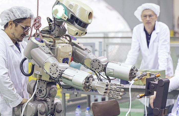 Russian Teledroid robot will be controlled not only from the ISS, but also from the earth