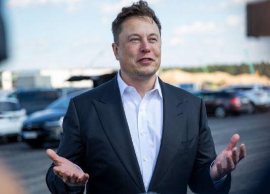 Elon Musk is sleeping in a meeting room at the Gigafactory in Berlin