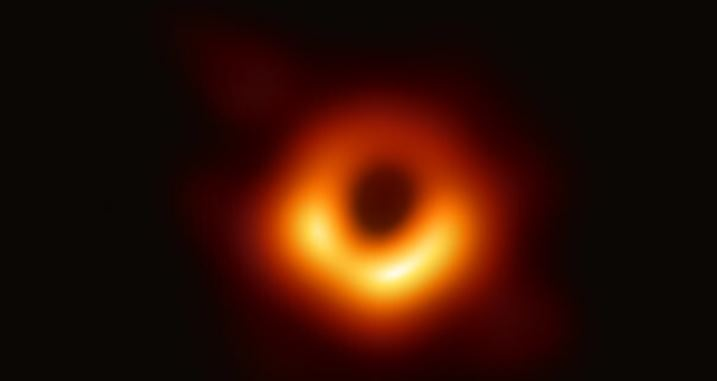 Einstein adds yet another success to his prediction list: astronomers have detected X-rays behind a supermassive black hole